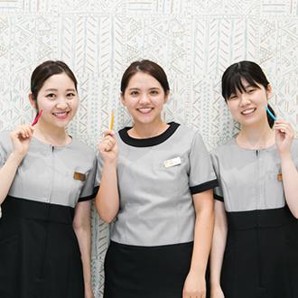 歯を並べていく治療だけではなく、歯並びに影響を及ぼすお口周り、舌の筋肉トレーニング等を並行して行っていきます